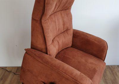 """<a href=""""https://www.zitgemak.nl/sta-op-fauteuil-cognac/"""">Klik hier voor meer afbeeldingen</a><br />"""